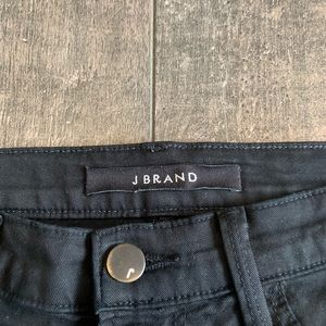 J Brand Jeans - J Brand Skinny Leg Ripped Knee Ankle Jeans